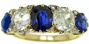 Victorian Carved Sapphire & Diamond 5 Stone Ring - Click Image to Close