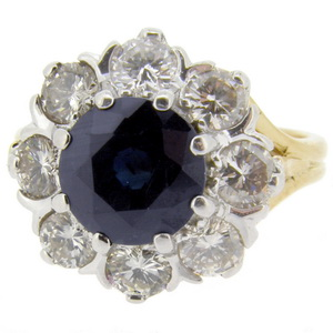 Round Sapphire and Diamond Daisy style cluster ring - Click Image to Close