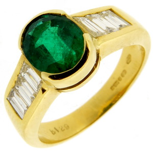 Emerald and Diamond Dress Ring - Click Image to Close