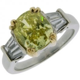 Natural Fancy Yellow diamond Ring 3.04 carats