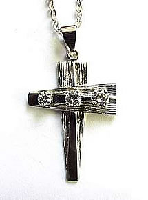 Dazzling Brilliant Cut Diamond Trilogy Cross. 1.00ct approx