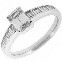 Diamond Emerald cut .ring 54cts - baguette diamond shoulders .50