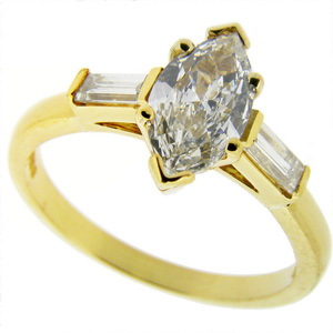 Marquise Diamond, 18ct gold Engagement Ring
