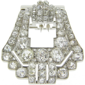 An exceptional Art Deco Diamond clip from the 1920s