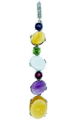 A Gorgeous Contemporary Gemstone Necklace with Diamonds.